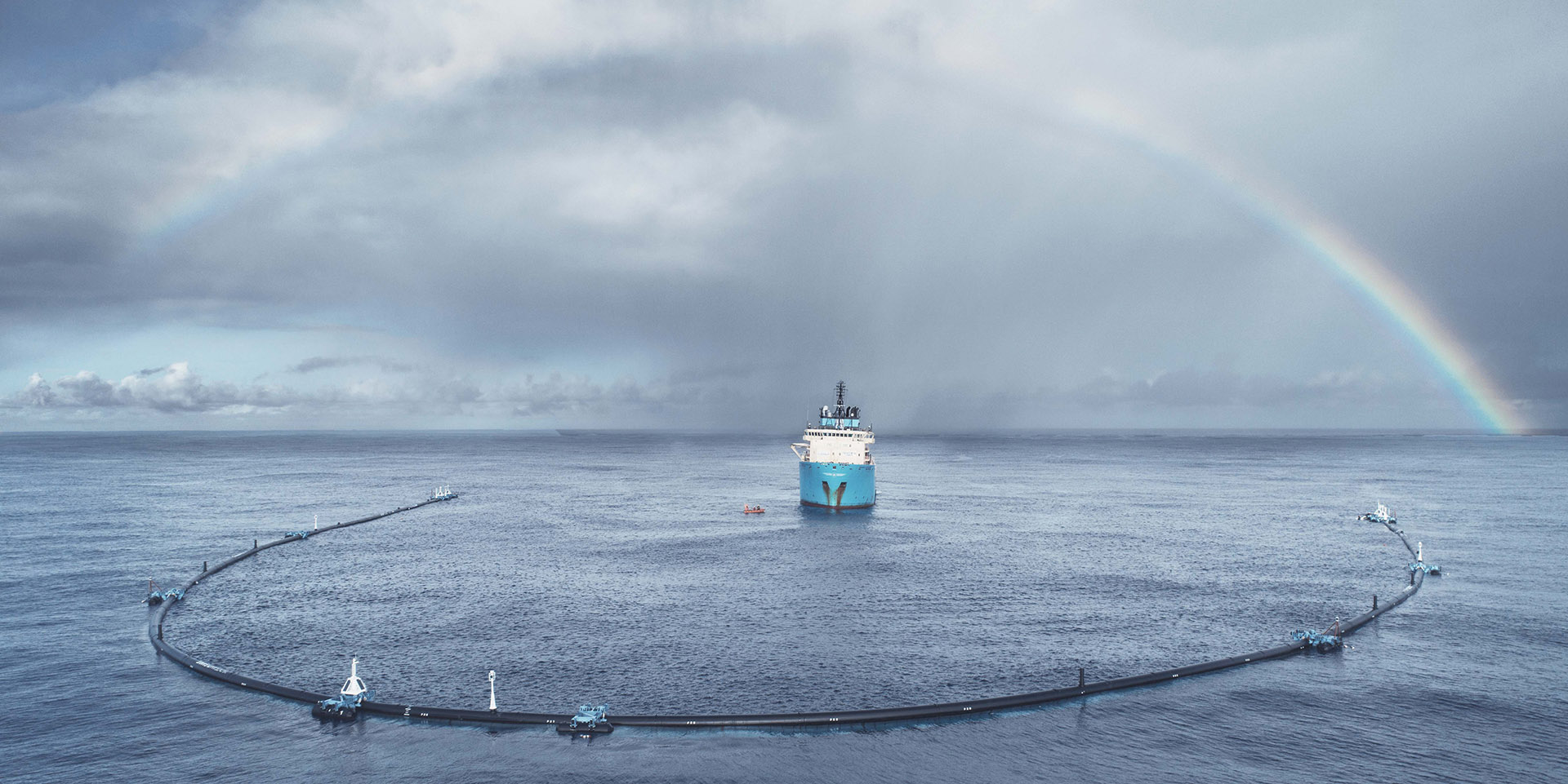 V-shaped-Ocean-Cleanup-online